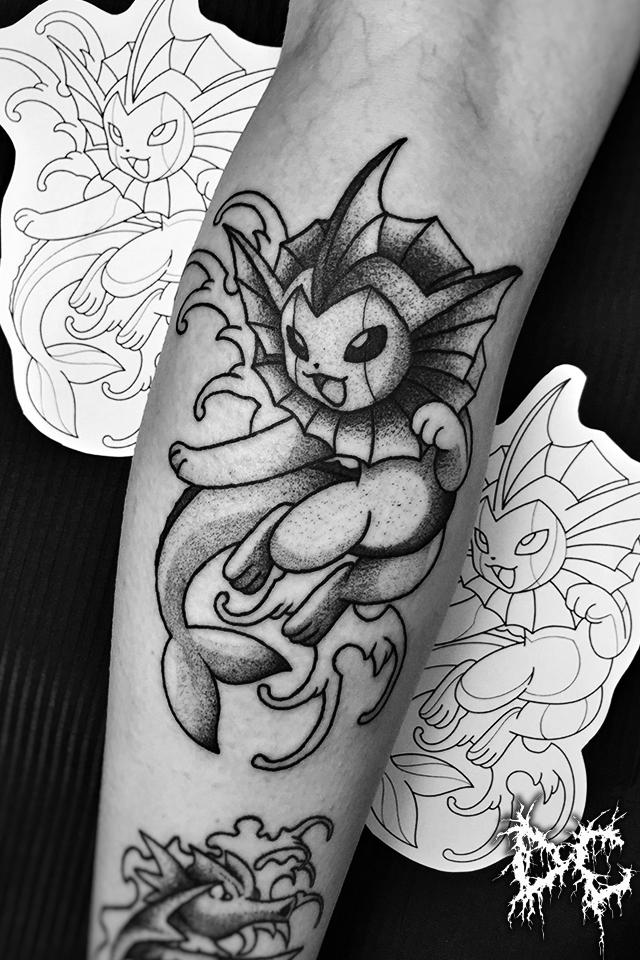 Dobry Chłopiec Tattoo Lublin - projekt tatuaż Pokemon Vaporeon dotwork wzory tatuaży